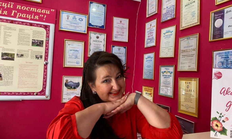 Оксана Слинько точно знает, что чувствуют ее пациенты со сколиозом. История лечения сколиоза успешной женщины