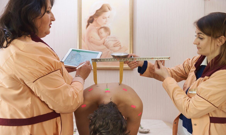 Диагностика и лечение сколиоза, плоскостопия у взрослых. Миф или реальность?